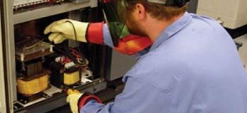 Segurança em instalações e serviços com eletricidade nr10